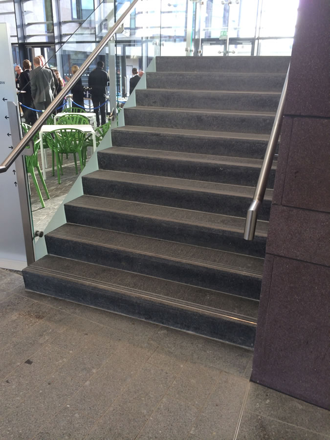 Stone-stair-Tiling